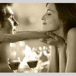 上手に誘惑してフェロモン系女子とお酒を楽しむ3つの方法