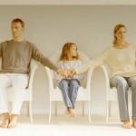 不倫が発覚!それでも家庭内別居を選び離婚しない夫婦たち
